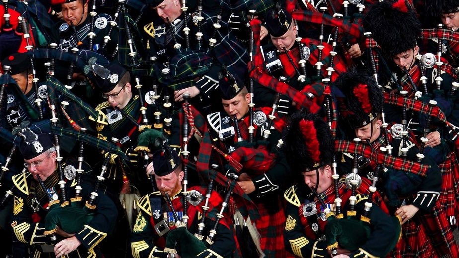 EDIMBURGO: THE ROYAL EDINBURGH MILITARY TATTOO